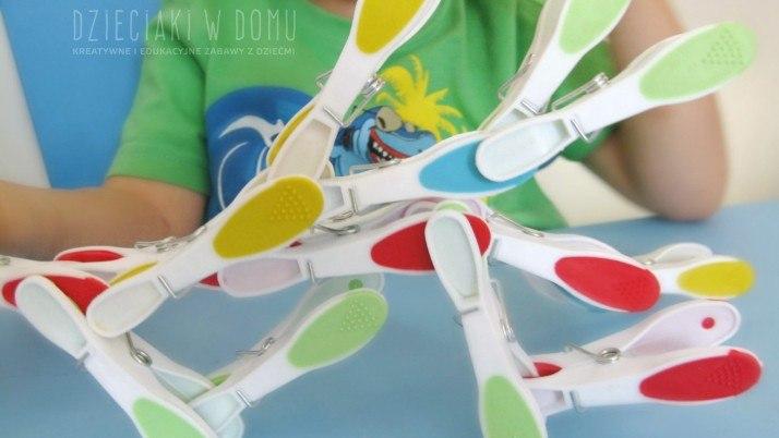 Spinacze – klocki dla dzieci