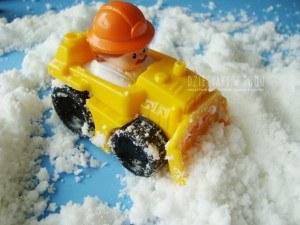 śnieg domowej roboty - kreatywna zabawa dla dzieci