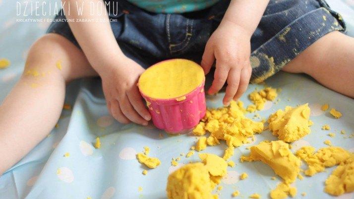 Delikatna ciastolina dla najmłodszych dzieci