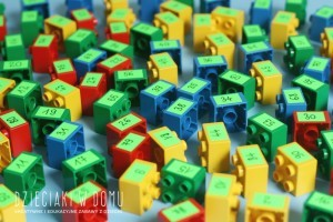 przeliczanie 1-100 - ćwiczenia dla dzieci z klockami duplo