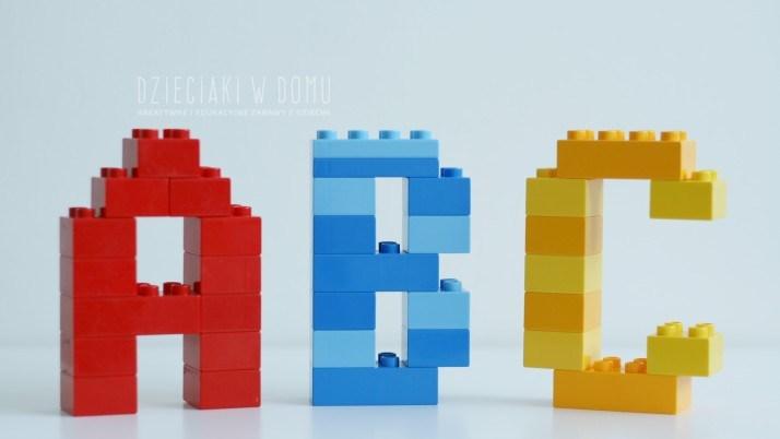 Litery z Lego Duplo – szablony