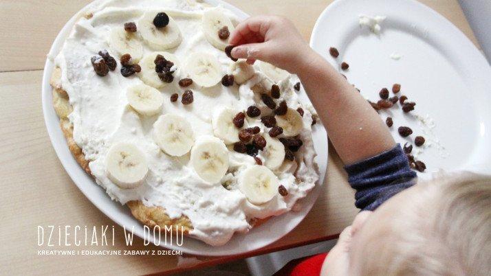 Tarta w wykonaniu dwulatka – kuchnia dla najmłodszych