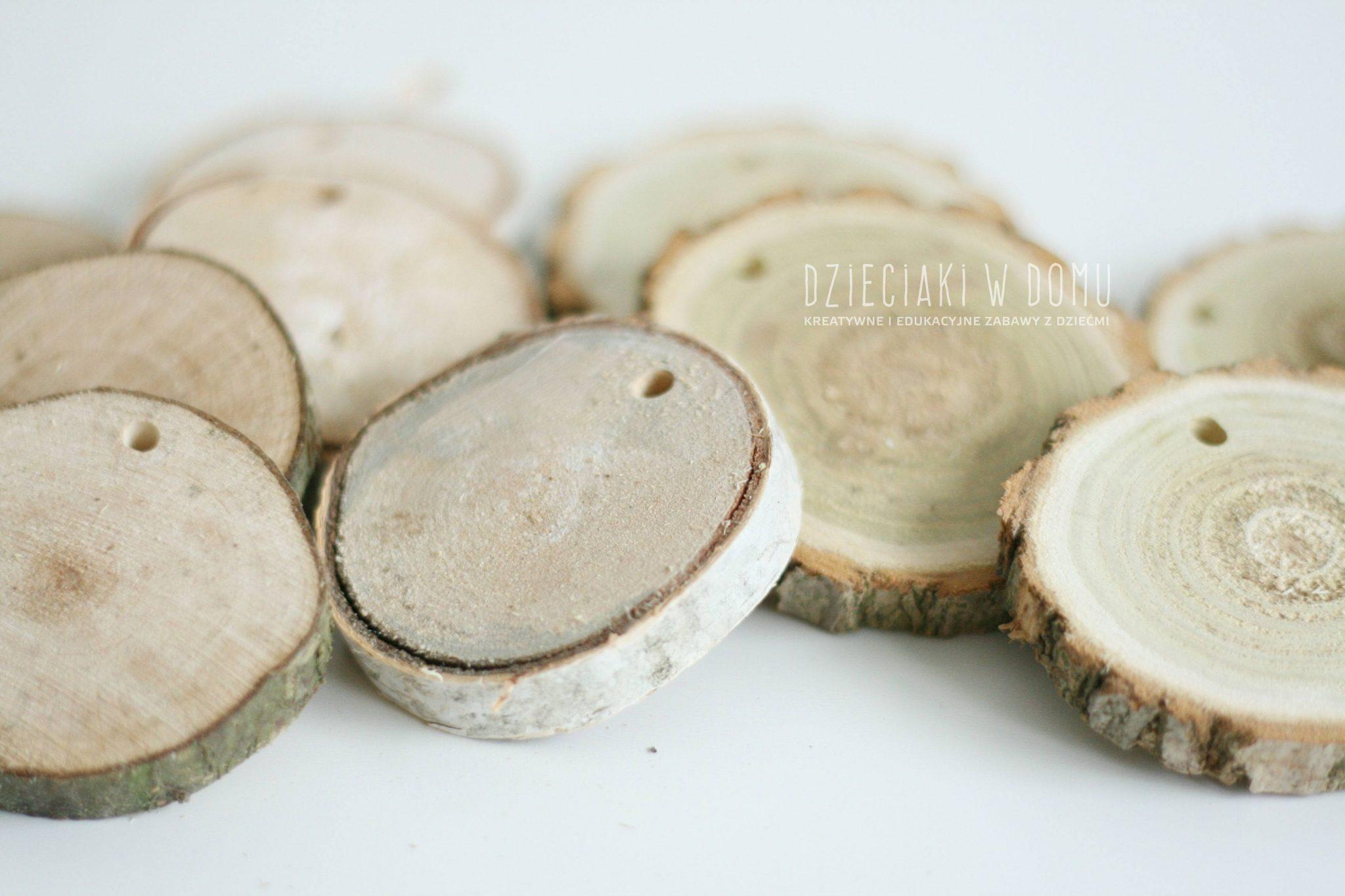 ozdoby choinkowe z drewnianych krążków