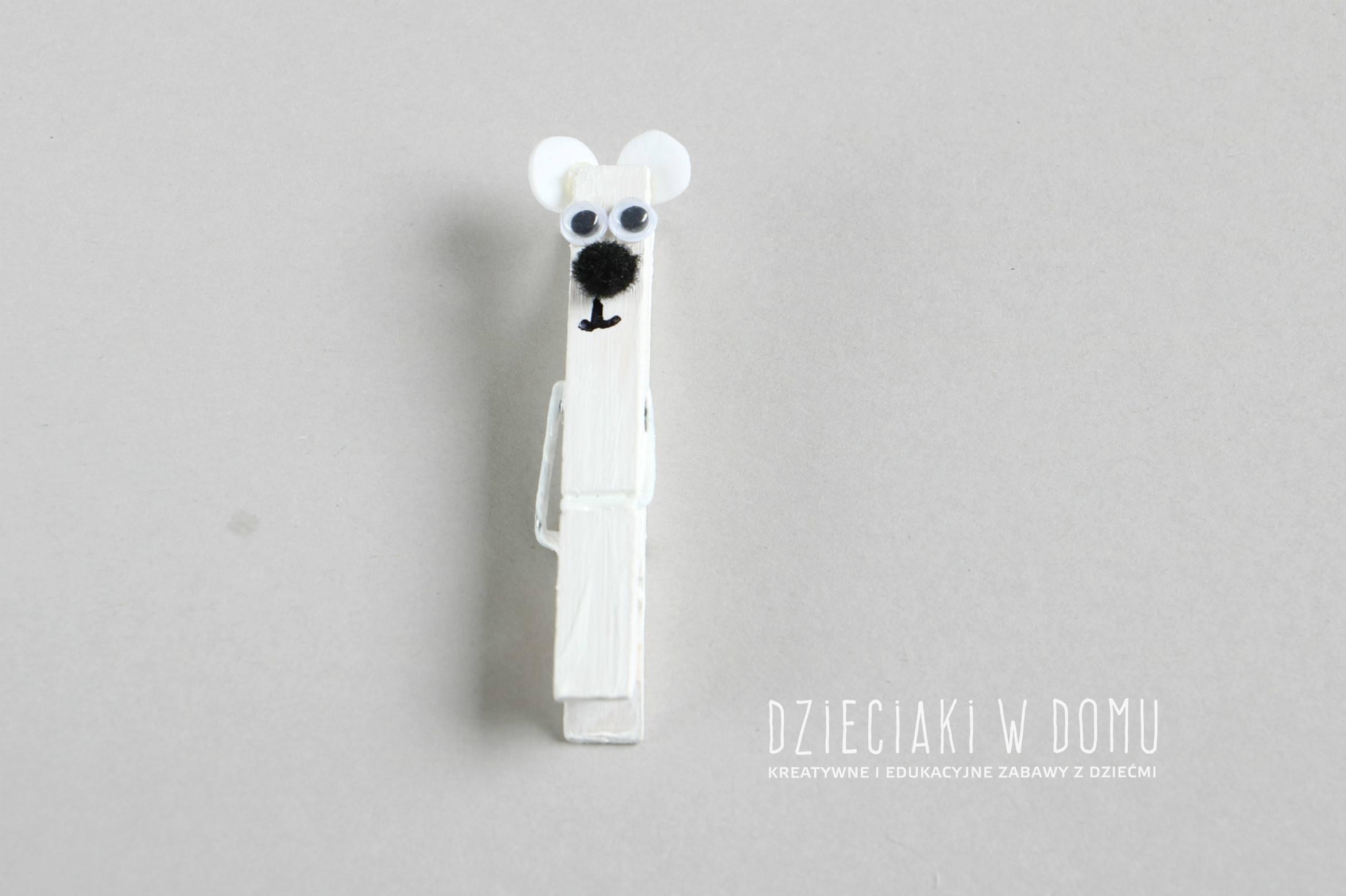 niedzwiedz polarny z klamerki