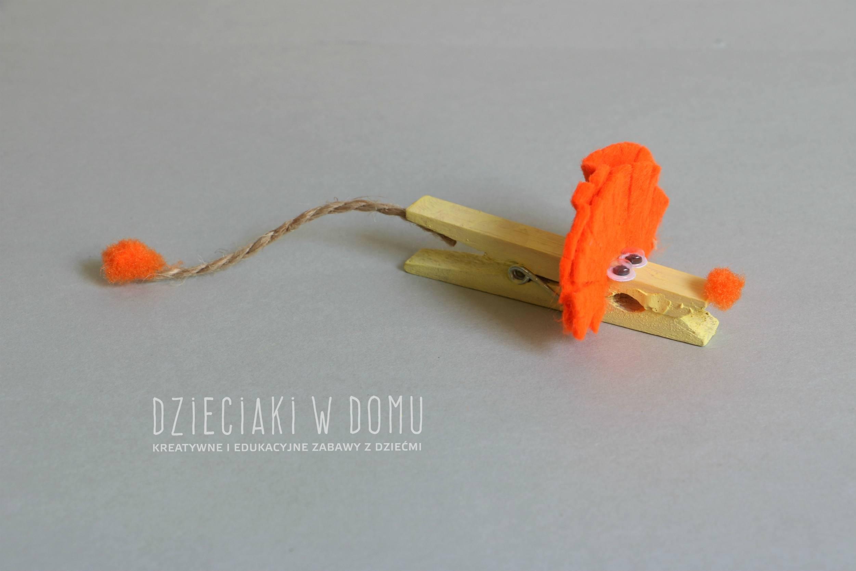 lew z drewnianej klamerki - praca techniczna dla dzieci