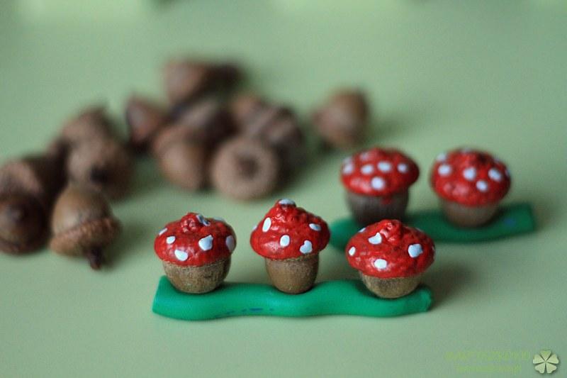 zabawy z żołędziami